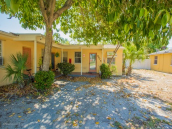 6875 Blind Pass Rd,St Pete,Florida,33706,Multi Family,Blind Pass Rd,1035